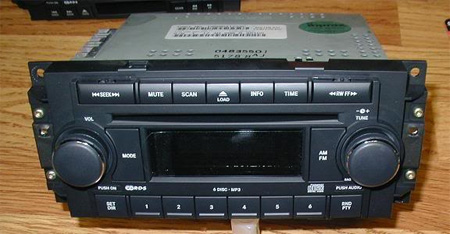 2004 2007 Dodge Durango Mp3 Radio 6 Disc Cd Changer